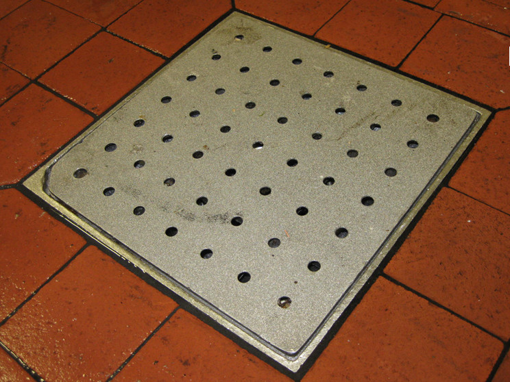 SlipNOT Food Processing Drain Grate