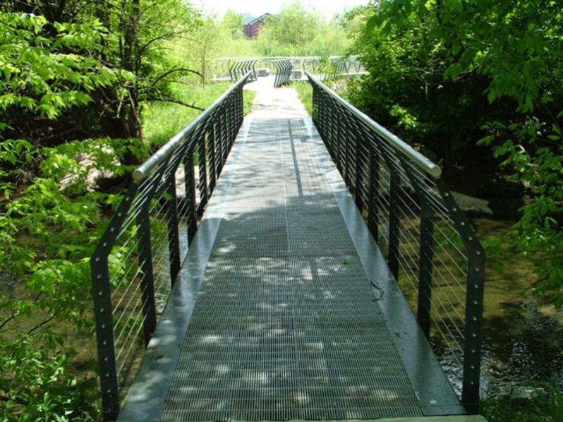 SlipNOT Galvanized Grating Pedestrian Bridge