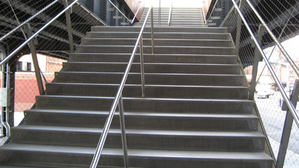 SlipNOT Stainless Steel Grating Stair Treads
