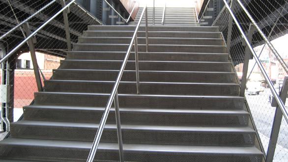 SlipNOT Stainless Steel Grating Stair Treads